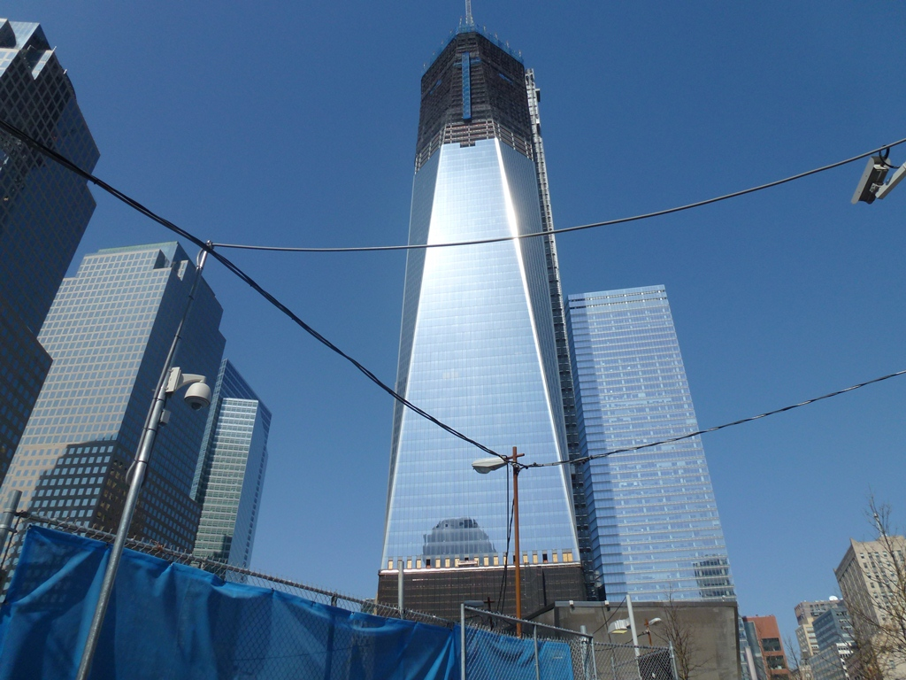 The new WTC has reached 100 stories